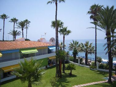 Apartamentos Playa Torrecilla