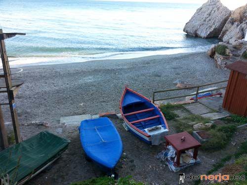 Playa de Carabeillo en Nerja