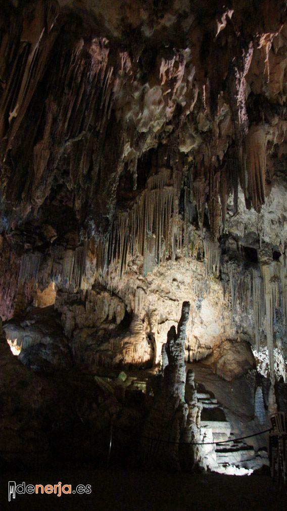 Foto del interior de las Cuevas de Nerja - 2