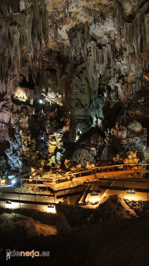 Foto del interior de las Cuevas de Nerja - 5