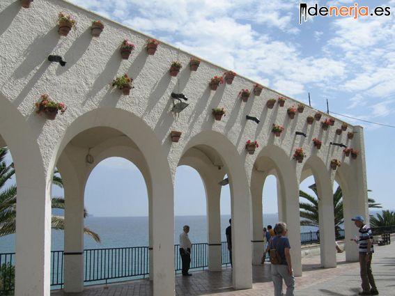 Arcos en el Balcón de Europa