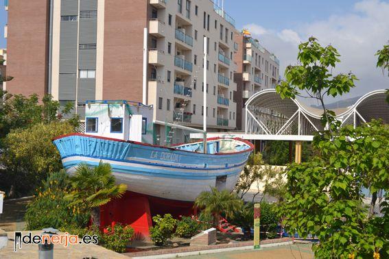 Barco de la serie verano azul (Nerja).